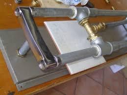 cortador de azulejos casero, como hacer una máquina de cortar azulejos casera